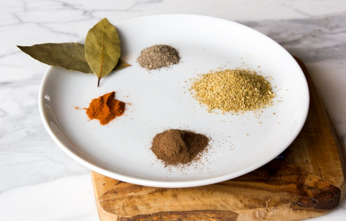 Spices for kibbeh