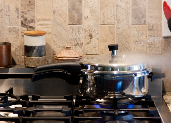 instant pot vs. stovetop pressure cookers