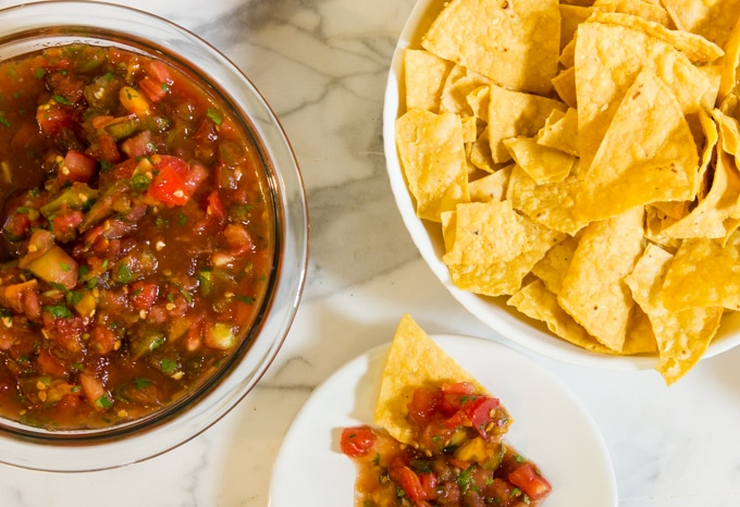 Garden tomato salsa with tortilla chips
